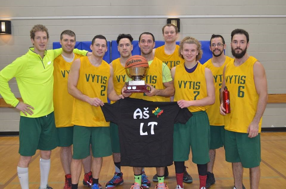 """Mississauga's """"Vytis"""" Champion Team with the Independence Cup! Congratulations!"""